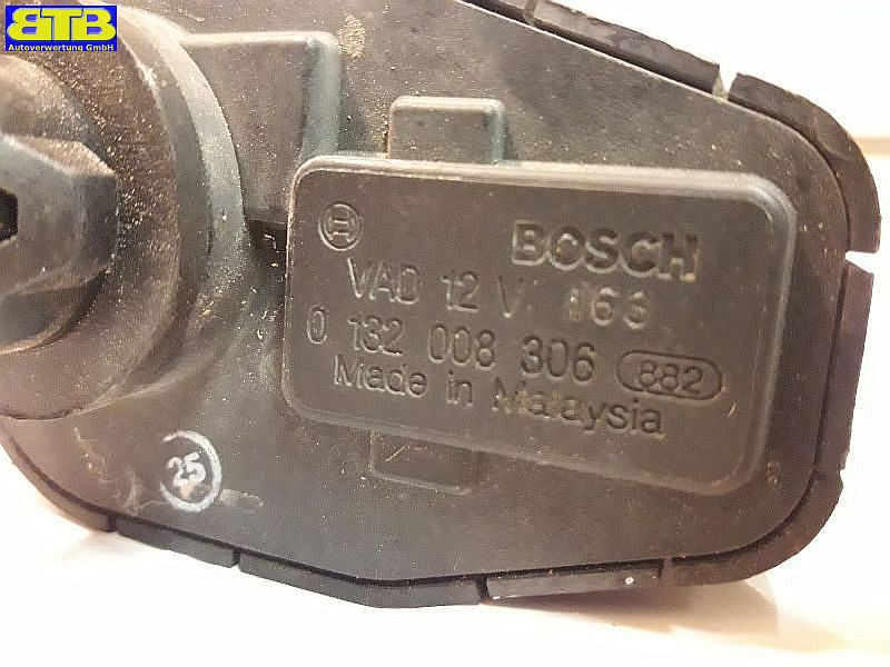 Stellmotor Scheinwerfer 0132008306 / LeuchtweitenregulierungOPEL VECTRA A (86_, 87_) 1.6 I