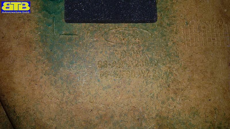 Türverkleidung rechts vorn mit Türgriff und LautsprecherschutzFORD FOCUS (DAW, DBW) 1.6 16V