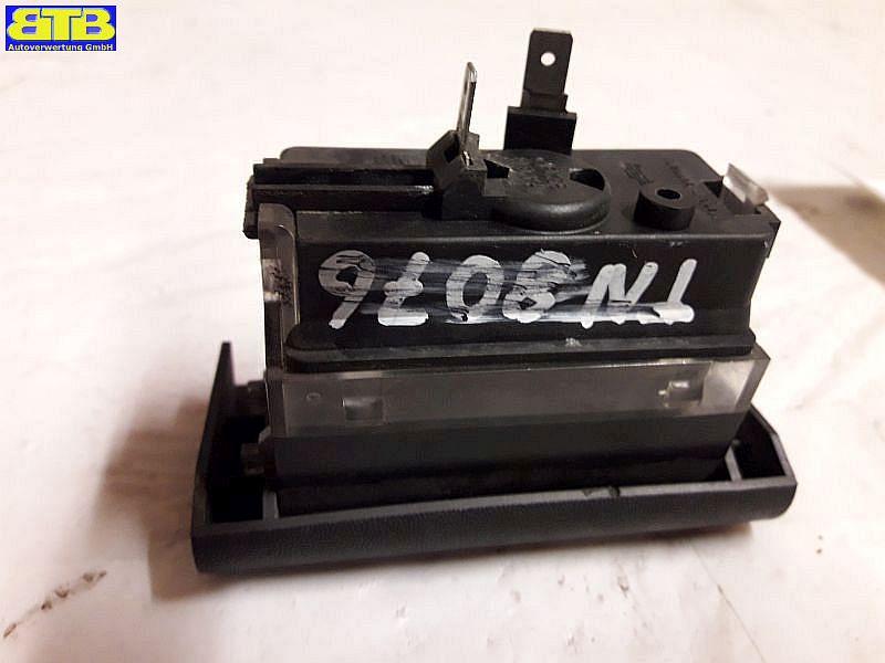 Kennzeichenleuchte Gehäuse mit Grundplatte 90421991OPEL ASTRA F (56_, 57_) 1.6 I
