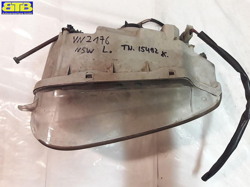 Nebelscheinwerfer links vorn 0K9AA51500L / OK9AA51500L mit LampenträgerKIA CLARUS (K9A) 2.0 I 16V