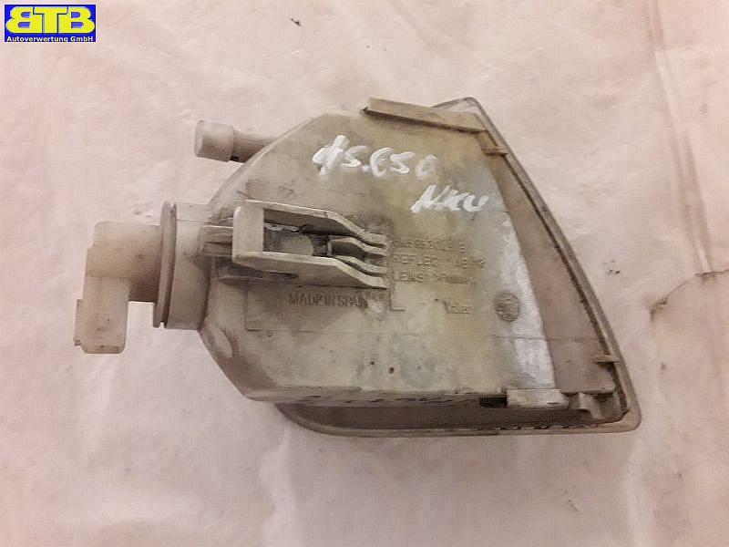 Blinker links mit Lampenträger weißSEAT CORDOBA (6K2/C2) 1.4 I