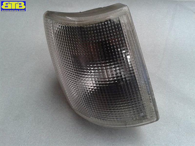 Blinker rechts vorn Weiss, mit LampenträgerSEAT IBIZA I (021A) 1.2 I