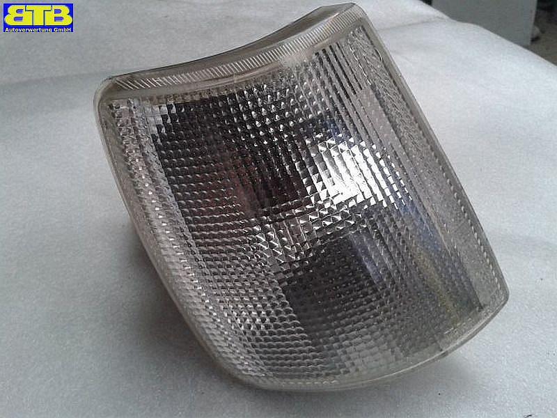 Blinker rechts vorn Weiss / mit Lampenträger / 6R01445SEAT IBIZA I (021A) 1.2 I