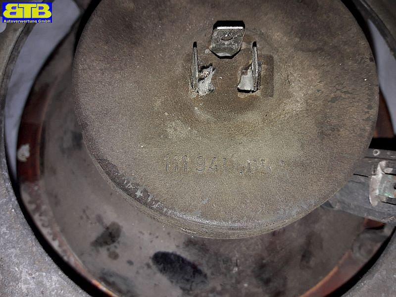 Hauptfernscheinwerfer rechts vorn 111941605A / mit StaubschutzkappeVW POLO (86C) 1.0