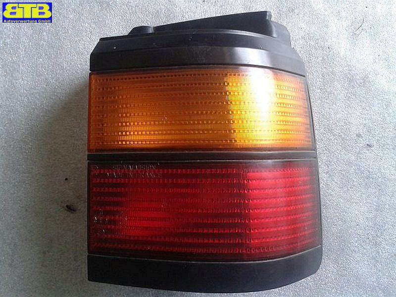 Rückleuchte / Heckleuchte / Rücklicht aussen rechts ROT GELB  !!! ohne Lampenträger !!!VW PASSAT VARIANT (3A5, 35I) 1,8